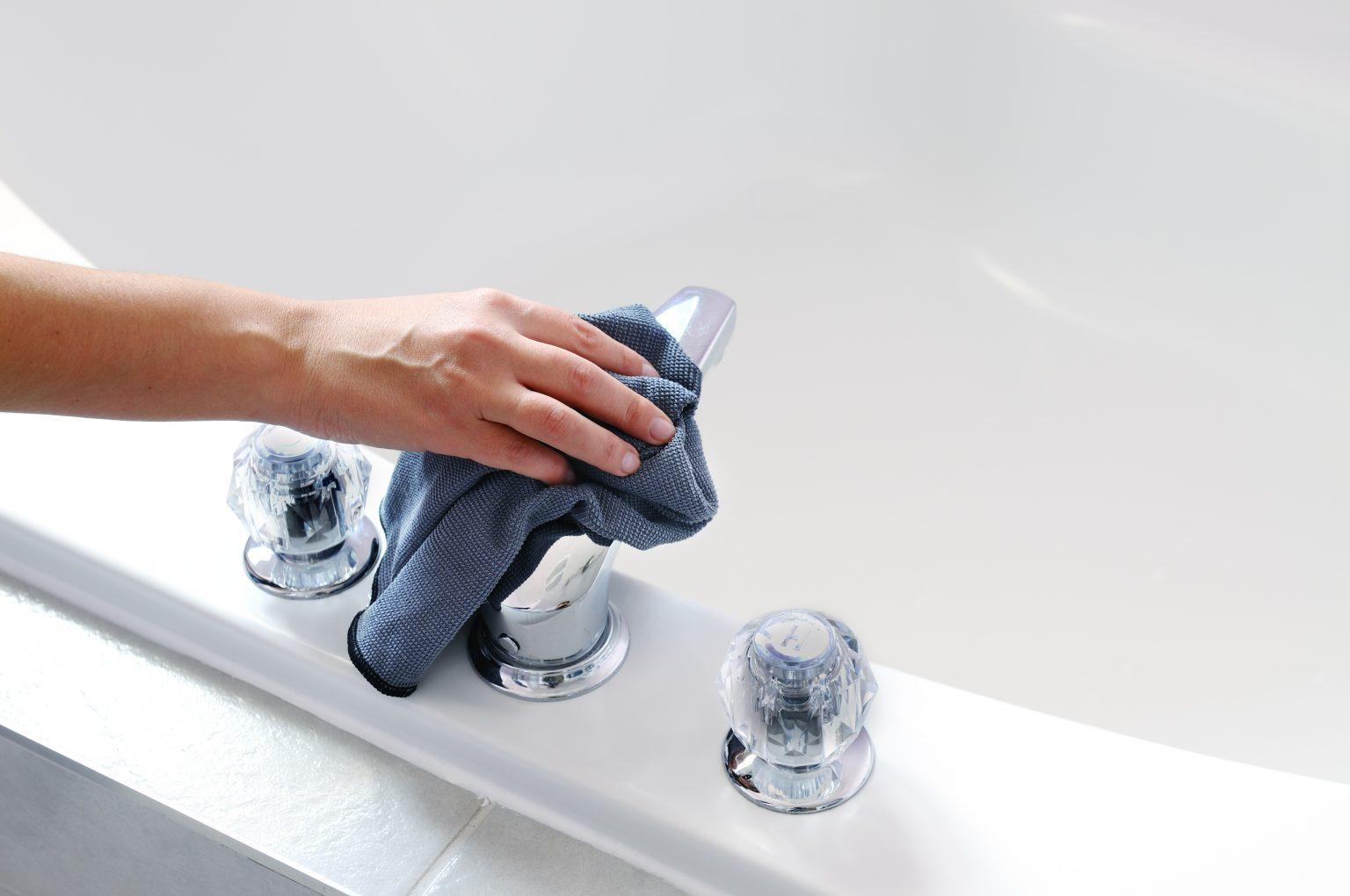 Banyo, küvet, klozet ve lavaboda en iyi temizliği nasıl sağlarım?